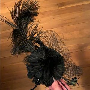Fabulous Netted Feathered Vintage Style Hair Piece